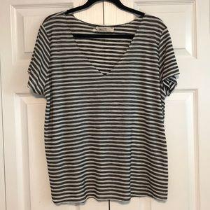 Black and white stripes T-shirt. Size M.